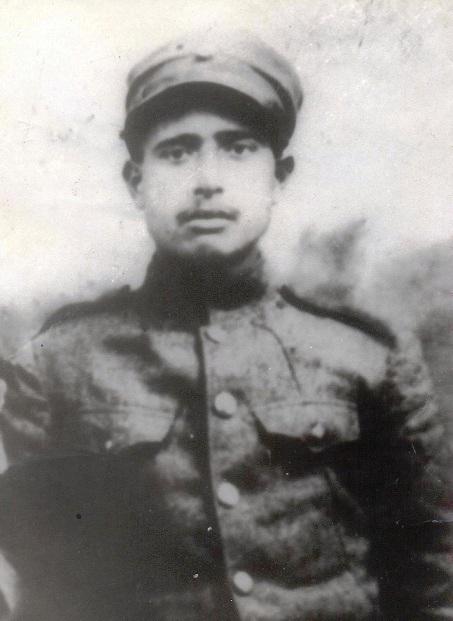 Σκλέπου ή Καραδεμίρης Παναγιώτης του Προκοπίου. πέθανε στο χωριό Ασκύφου Επαρχίας Σφακίων Νομού Χανίων στις 19 Αυγούστου 1932. Ένα από τα πρώτα θύματα του «Ιδιώνυμου» πανελλαδικά.