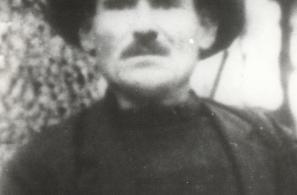 Βαρβάκης Ευστράτιος του Αριστείδη.Σκοτώθηκε στη θέση «Γεράνια» Μεγάλης Λίμνης Αγιάσου το 1948.